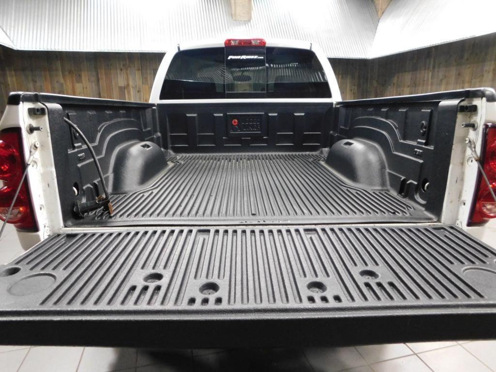 2009 Dodge Ram Pickup SLT - 17940173 - 11