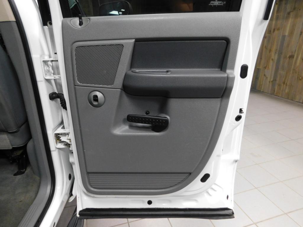 2009 Dodge Ram Pickup SLT - 17940173 - 14