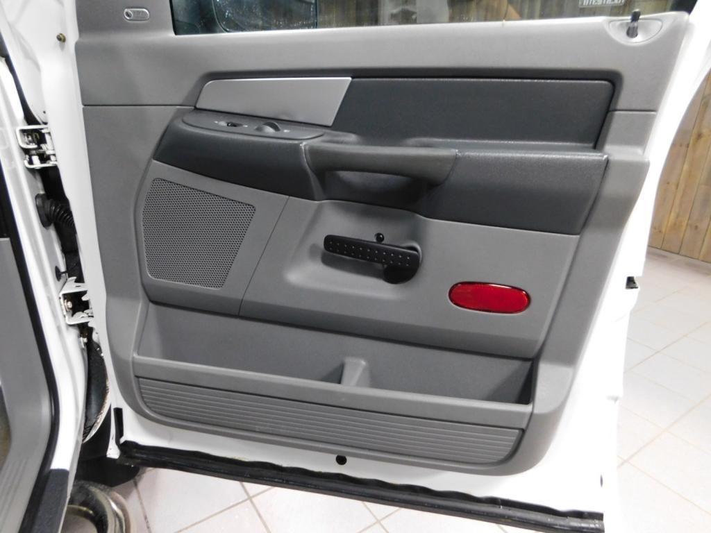 2009 Dodge Ram Pickup SLT - 17940173 - 15