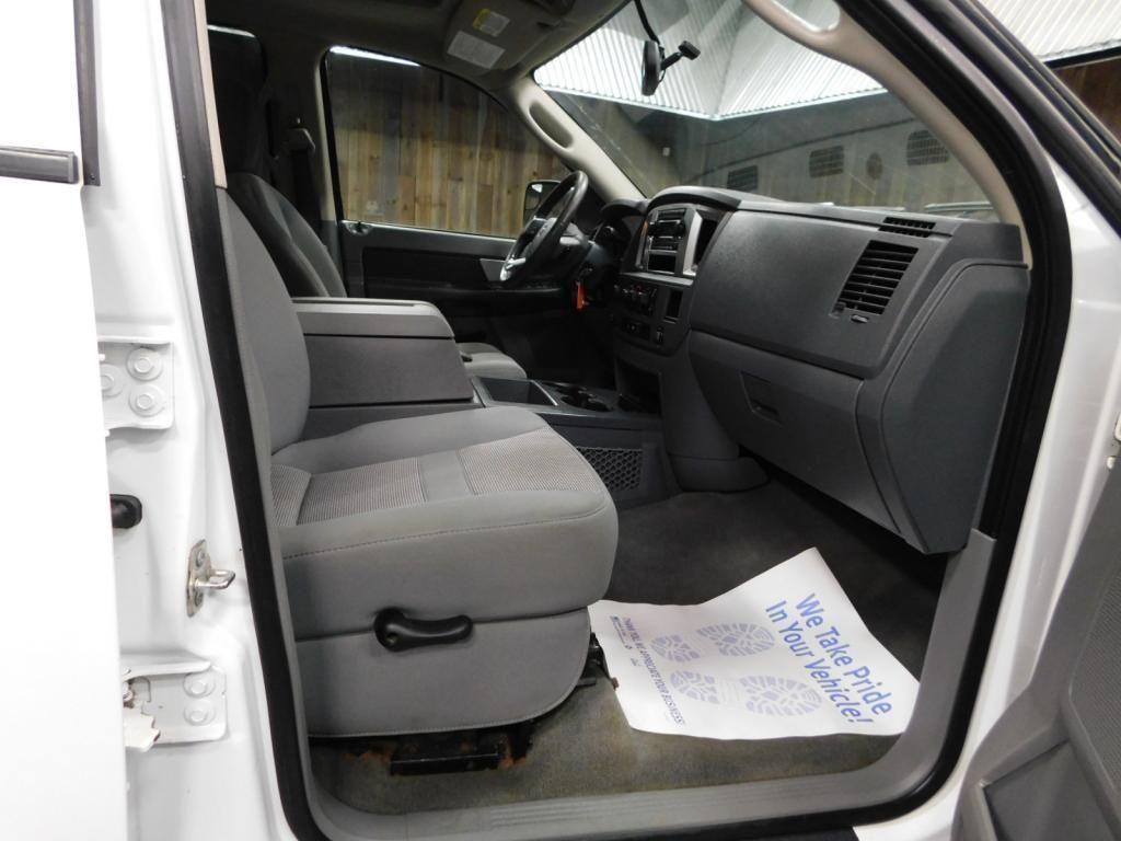 2009 Dodge Ram Pickup SLT - 17940173 - 23