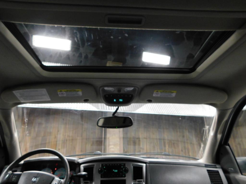 2009 Dodge Ram Pickup SLT - 17940173 - 24