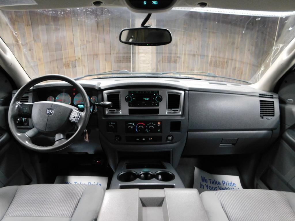 2009 Dodge Ram Pickup SLT - 17940173 - 26