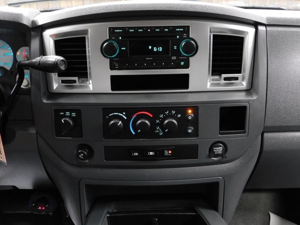 2009 Dodge Ram Pickup SLT - 17940173 - 29