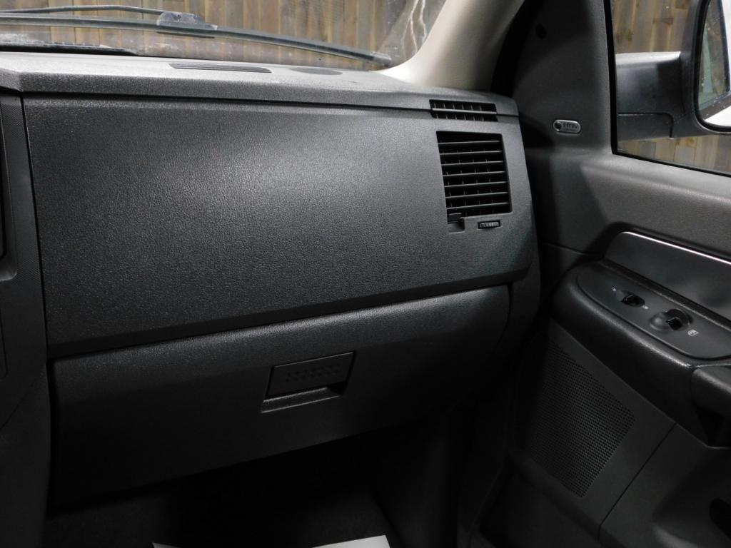 2009 Dodge Ram Pickup SLT - 17940173 - 30