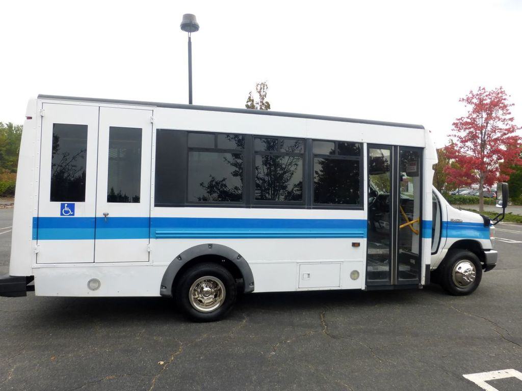 2009 Ford E450 Girardin Non-CDL Wheelchair Shuttle Bus For Senior Tour Charters Student Church Hotel Transport - 18220363 - 13