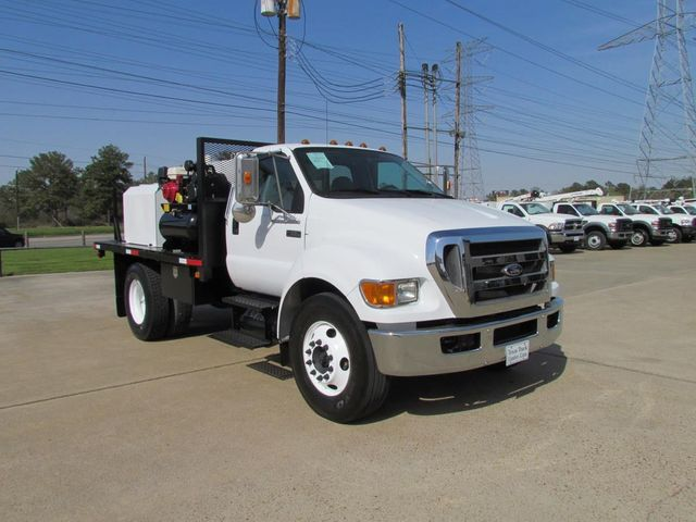 2009 Ford F650 Fuel - Lube Truck - 10612359 - 1