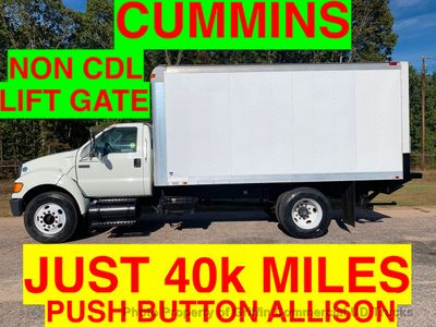 2009 Ford F750 NON CDL JUST 40k MILES ONE OWNER LIFT GATE 6.7 CUMMINS TURBO!! PUSH BUTTON ALLISON
