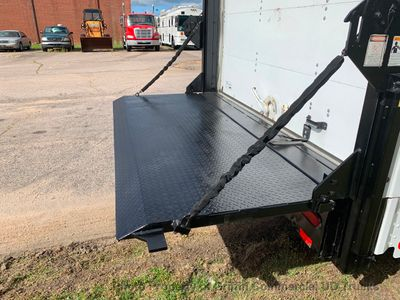 2009 Ford STEP VAN LIFT GATE ONE OWNER COLD A/C DOCK HEIGHT VARIABLE LEVEL LIFT GATE - Click to see full-size photo viewer