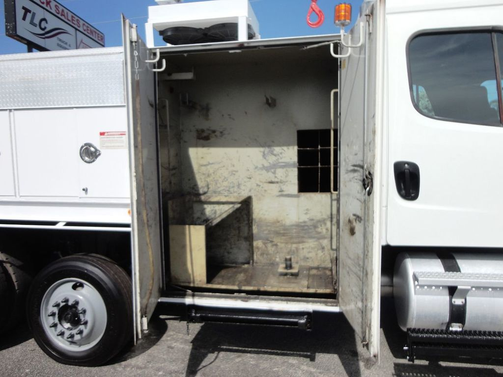2009 Freightliner BUSINESS CLASS M2 31FT CRANE, STELLAR 60MH 6000LB..CREWCAB HD - 19193683 - 19