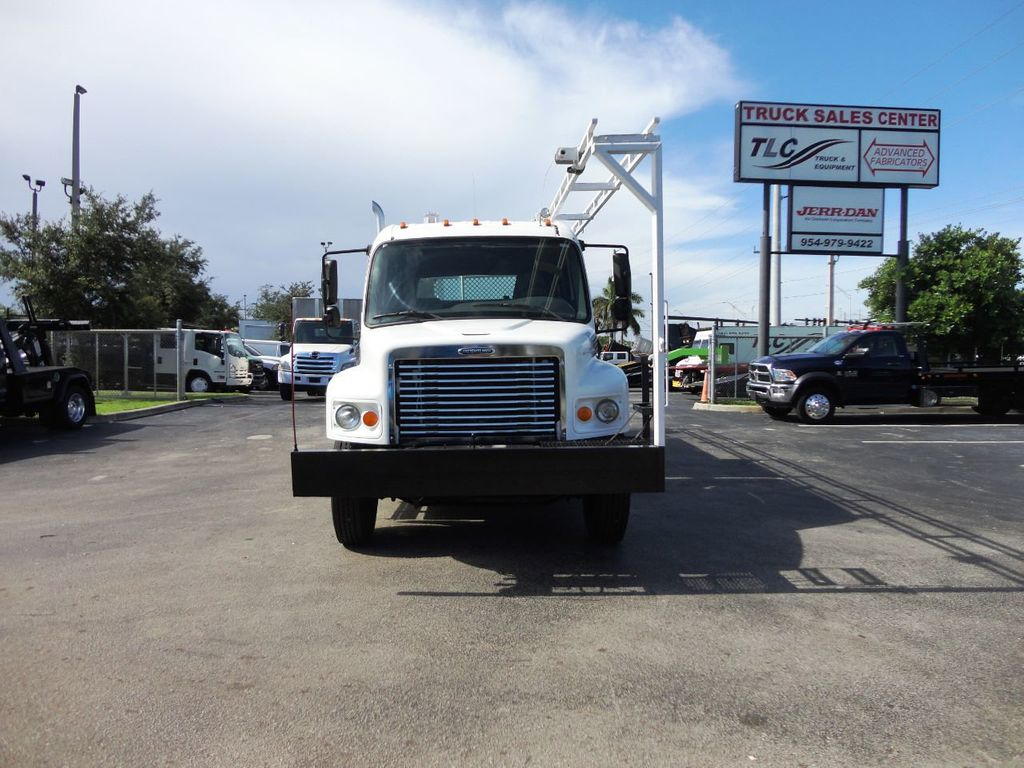 2009 Freightliner BUSINESS CLASS M2 31FT CRANE, STELLAR 60MH 6000LB..CREWCAB HD - 19193683 - 2