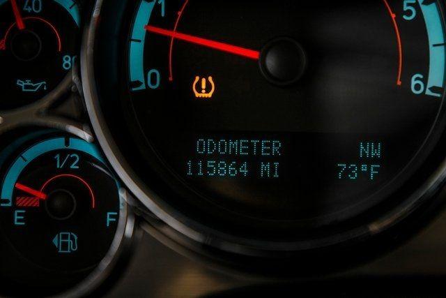 2009 HUMMER H2 4WD 4dr SUV - 18098284 - 38