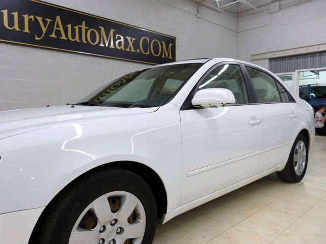 2009 Hyundai Sonata 4dr Sedan V6 Automatic GLS - Click to see full-size photo viewer