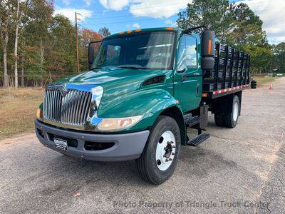 2009 International DUMP BODY JUST 7k MILES NON CDL UNDER 26,000 GVW ONE OWNER SOUTHERN TRUCK!! ONE OWNER - Click to see full-size photo viewer