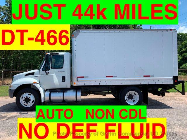 2009 International JUST 44k MILES!! NON CDL BOX UNDER 26K GVW ONE OWNER VA TRUCK!! LIFT GATE
