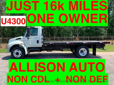 2009 International NO CDL UNDER 26K GVW JUST 16k MILES ONE OWNER SUPER CLEAN!! CRUISE CONTROL!!
