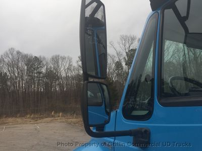 2009 International NON CDL FLATBED JUST 9k MILES ONE OWNER  - Click to see full-size photo viewer