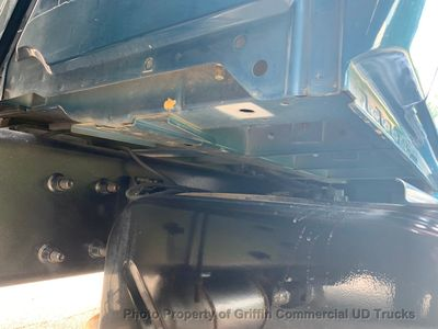 2009 International NON CDL LIFT GATE  - Click to see full-size photo viewer