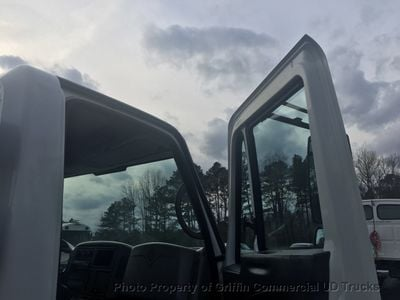 2009 International NON CDL RACK JUST 14k MILES ALLISON AUTO ONE OWNER SOUTHERN TRUCK!! SUPER CLEAN - Click to see full-size photo viewer