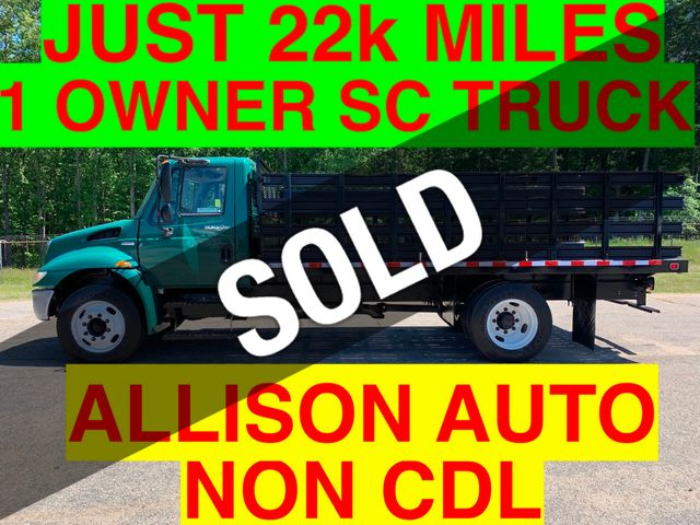 2009 International NON CDL SRAKE RACK JUST 22k MILES ONE OWNER ONE OWNER SC TRUCK!
