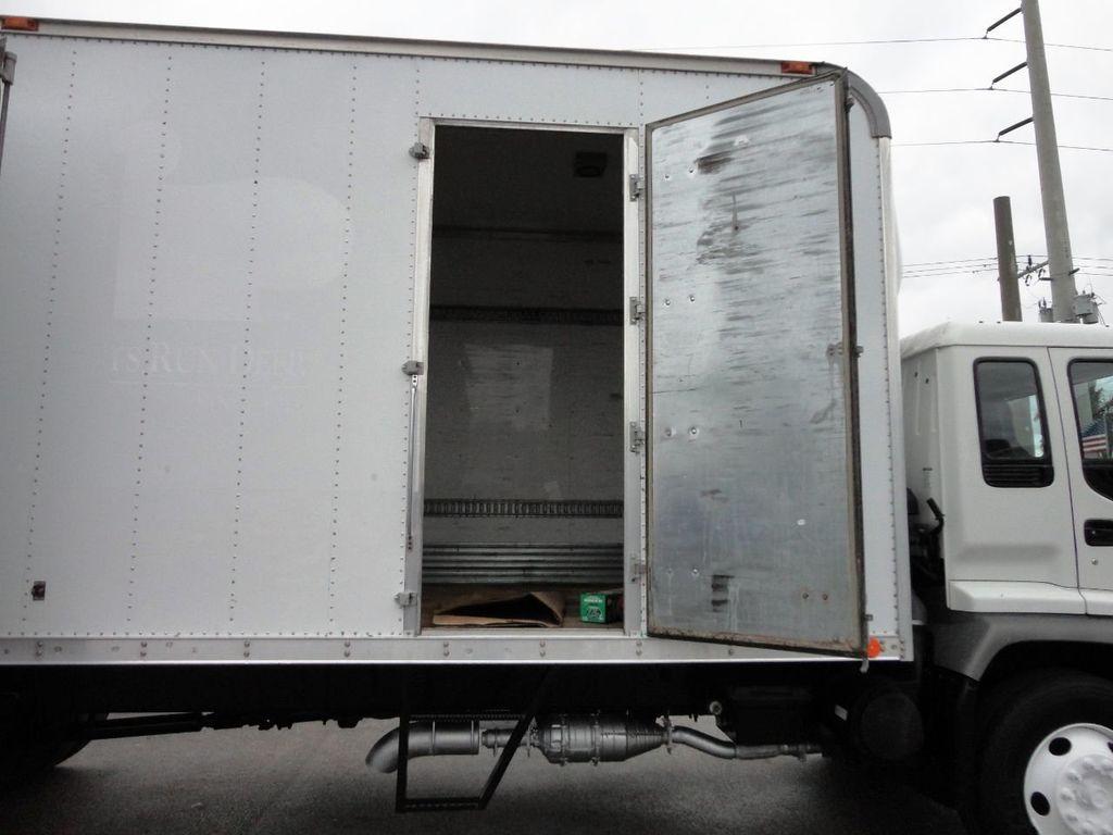 2009 Isuzu FVR 26FT DRY BOX TRUCK . CARGO TRUCK WITH LIFTGATE 25950GVW - 18450979 - 13