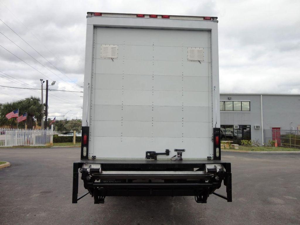 2009 Isuzu FVR 26FT DRY BOX TRUCK . CARGO TRUCK WITH LIFTGATE 25950GVW - 18450979 - 5