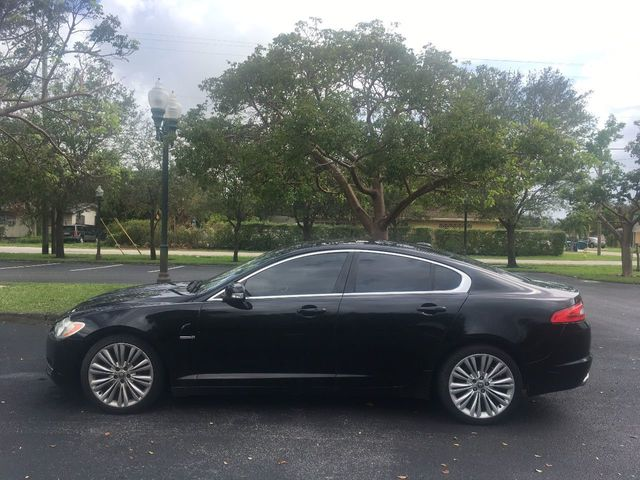2009 Jaguar XF 4dr Sedan Supercharged - Click to see full-size photo viewer