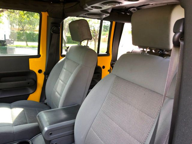 2009 Jeep Wrangler Unlimited 4WD 4dr Rubicon - Click to see full-size photo viewer