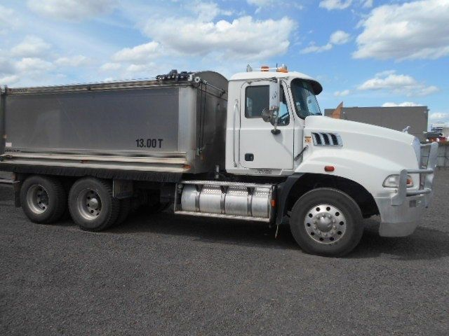 2009 Mack GRANITE tipper 6x4 - 18259050 - 0