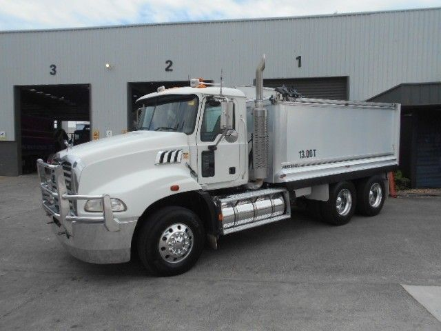 2009 Mack GRANITE tipper 6x4 - 18259050 - 6