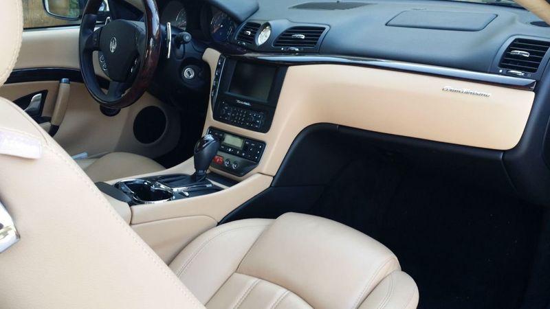 2009 Maserati GranTurismo 2dr Coupe - 17324075 - 19