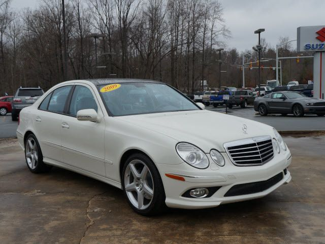 Attractive 2009 Mercedes Benz E Class E350 Sedan   WDBUF56X79B425698   0