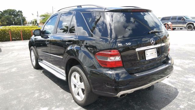 2009 Mercedes-Benz M-Class ML350 4MATIC 4dr 3.5L - Click to see full-size photo viewer