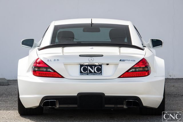 2009 Mercedes-Benz  2dr Coupe 6.0L AMG Black Series - Click to see full-size photo viewer