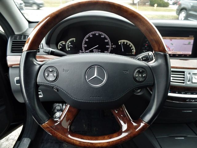 2009 Mercedes-Benz S-Class S550 4dr Sedan 5.5L V8 4MATIC - Click to see full-size photo viewer