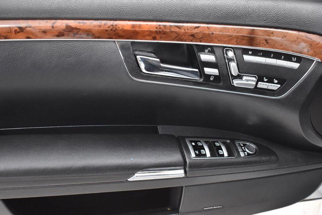 2009 Mercedes-Benz S-Class S550 4dr Sedan 5.5L V8 RWD - 18546148 - 12