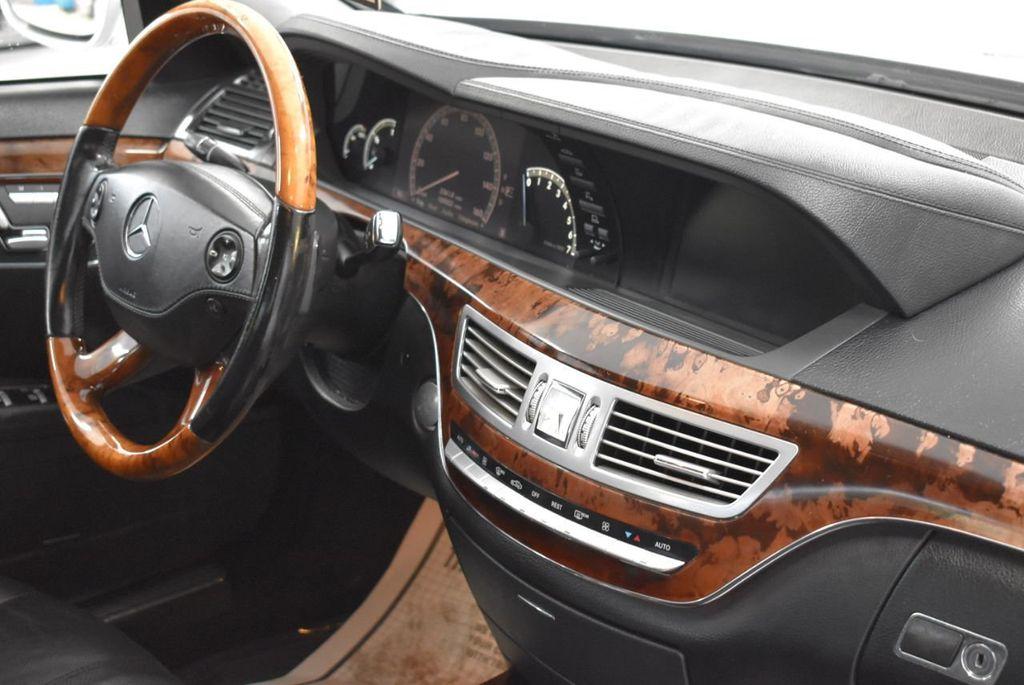 2009 Mercedes-Benz S-Class S550 4dr Sedan 5.5L V8 RWD - 18546148 - 19