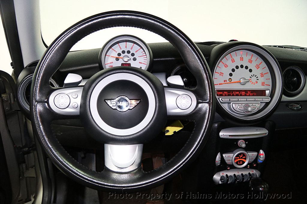 2009 Mini Cooper Hardtop 16413056 21