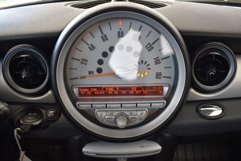 2009 MINI Cooper Hardtop 2 Door  - 17924483 - 19