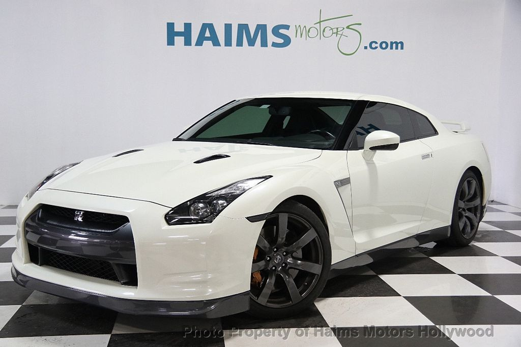 2009 nissan gt r reviews nissan gt r price photos and. Black Bedroom Furniture Sets. Home Design Ideas