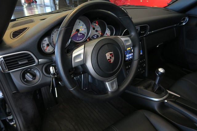2009 Porsche 911 997.2 Carrera S  - Click to see full-size photo viewer
