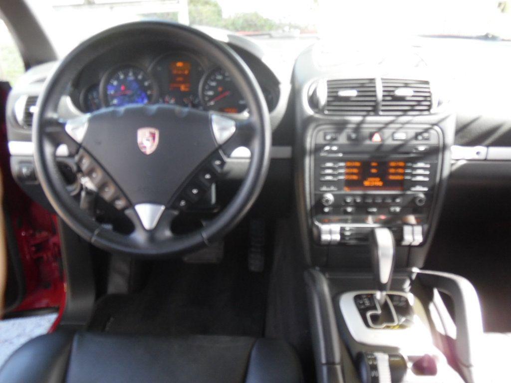 2009 Porsche Cayenne AWD 4dr S - 14796643 - 11