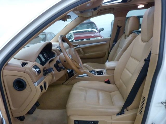 2009 Porsche Cayenne AWD 4dr Tiptronic - Click to see full-size photo viewer