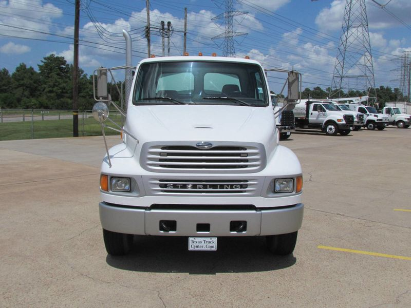 2009 Sterling Acterra Fuel - Lube Service Truck - 16996372 - 2