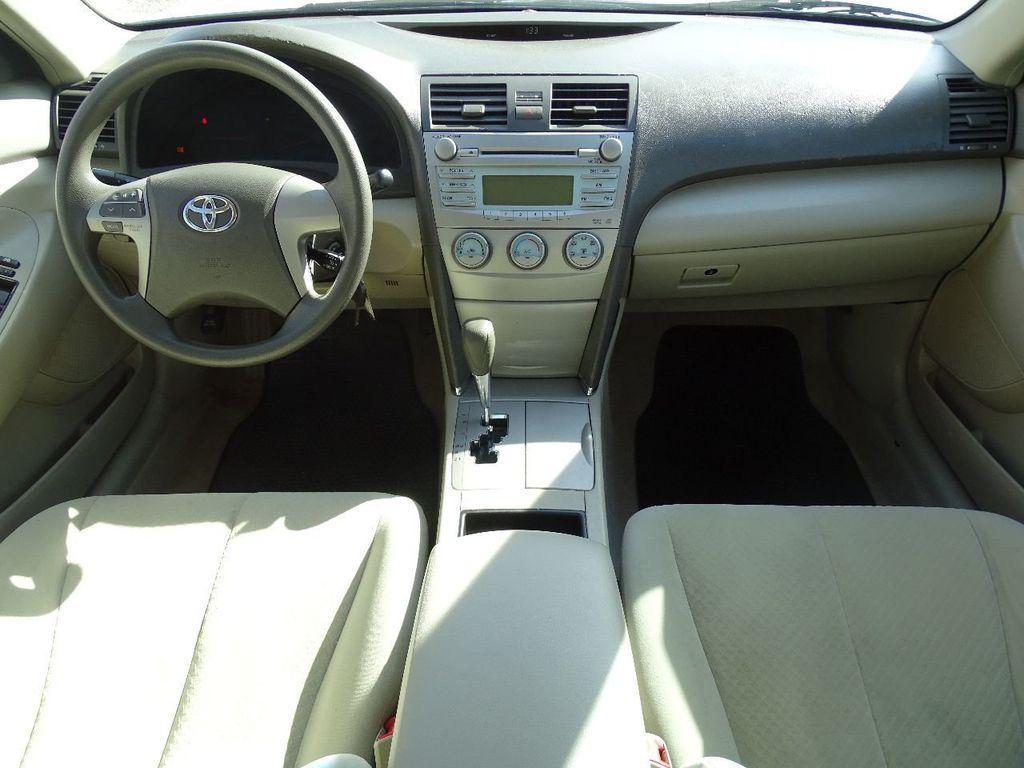 2009 Toyota Camry 4dr Sedan I4 Automatic LE   15874506   8