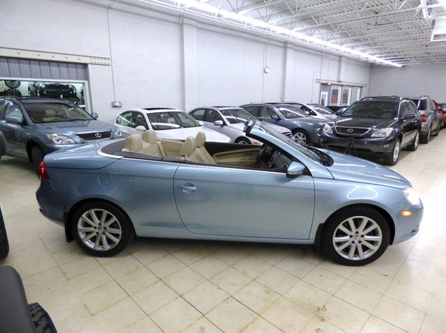 2009 Volkswagen Eos 2dr Convertible Dsg Komfort Click To See Full Size Photo Viewer