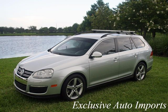 2009 Volkswagen Jetta SportWagen 2009 VW VOLKSWAGEN JETTA SPORTWAGEN TDI 6-SPEED - Click to see full-size photo viewer