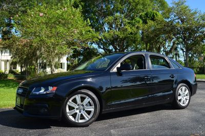2010 Audi A4 4dr Sedan Manual quattro 2.0T Premium - Click to see full-size photo viewer