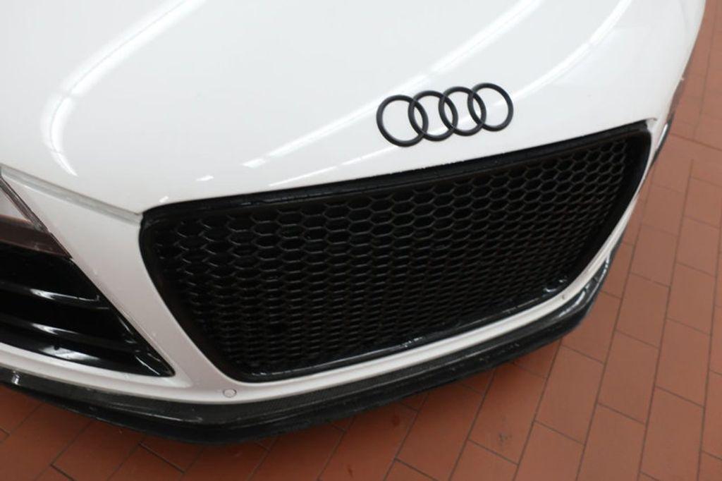 2010 Audi R8 2dr Coupe Automatic quattro 5.2L - 17404850 - 9
