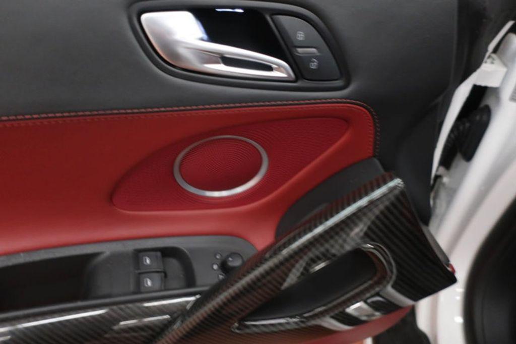 2010 Audi R8 2dr Coupe Automatic quattro 5.2L - 17404850 - 13