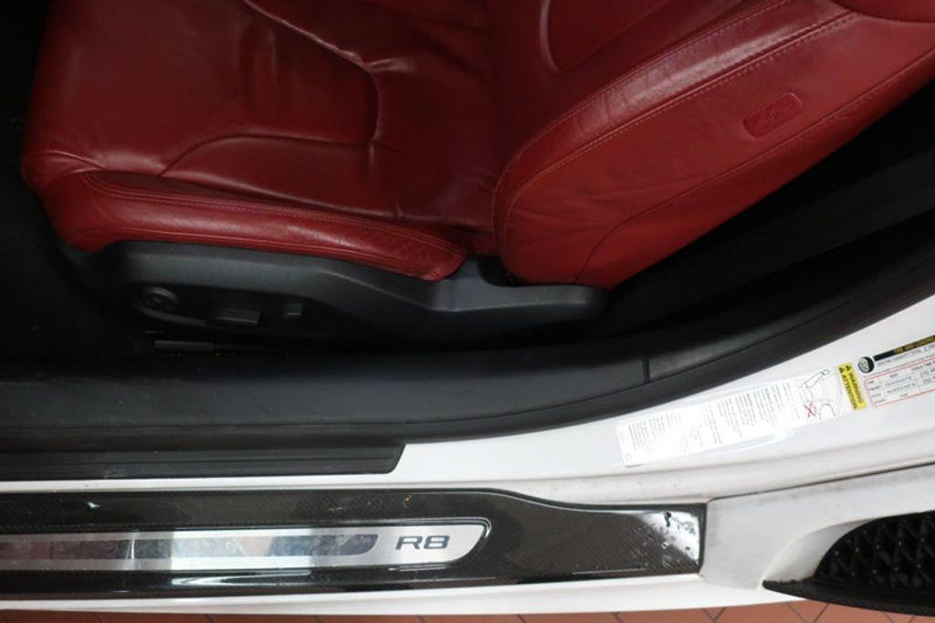 2010 Audi R8 2dr Coupe Automatic quattro 5.2L - 17404850 - 17